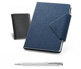Agenda 2021 color azul con funda y bolígrafo tamaño B5 de polipiel para plasmar el logo de tu empresa
