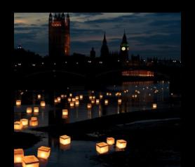 Lámparas Flotantes Acuáticas de papel con vela