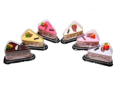 Toalla en forma de porción de tarta como detalle de boda u otros eventos