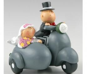 FIGURA NOVIOS PASTEL Y HUCHA EN SIDECAR para la tarta o como regalo para los siguientes en casarse