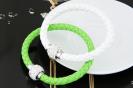 pulseras cuero y brillantes verde