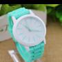 reloj esférico para mujeres con correa en silicona de color azul