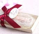 Cuchillo untador de mantequilla con mango tapón como detalle de bodas o evento