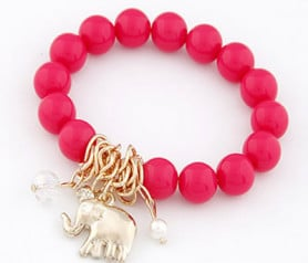 pulsera elefante color fucsia ideal como regalo de boda o comunión para las invitadas