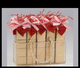 Expositor corazón San Valentín fieltro con napolitanas para detalles de invitados