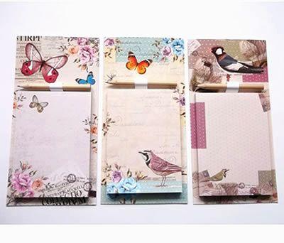 libreta mariposas con lapicero e imán como detalle para las invitadas de la boda
