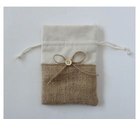 bolsa de jute y de saco como envoltorio para los detalles de boda, comunión y otros eventos