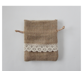 bolsa jute y tela de saco con cenefa ideal como envoltorio de los detalles de tu boda, bautizo o comunión
