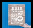 cartel de madera en color madera con mensaje de recién nacido