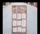 seatting plan de madera personalizada con el nombre de todos tus invitados. Encuentra tu sitio!!