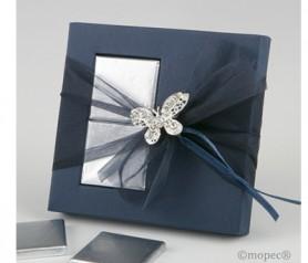 Broche mariposa strass en estuche con napolitanas como detalle para las mujeres invitadas en bods o eventos