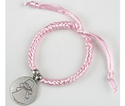 Pulsera trenzada en color rosa ideal como detalle de comunión o bautizo para las invitadas