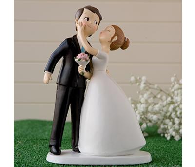 Figura de novios besito para la tarta nupcial o como regalo para los siguiente en casarse
