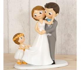 Figura de novios con niña para la tarta nupcial o como regalo para los siguiente en casarse