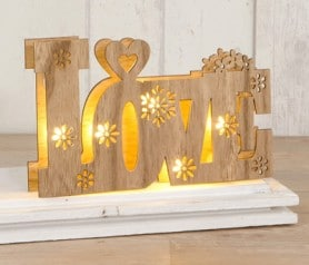 Palabra Love con luz led para decorar tu boda
