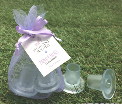 Protector tacones redondo en bolsa como complemento de boda para las mujeres invitadas