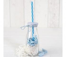 Botellita cristal con caña azul y viruta blanca con 12 caramelos como detalle para invitados de comunión