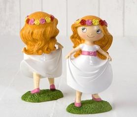 Figura pastel niña comunión en pradera