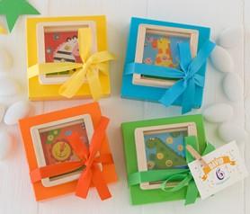 Juego de bolitas en caja con 5 peladillas como detalle de invitados de comunión, bautizo o fiestas infantiles