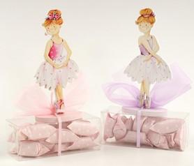 Portafotos bailarinas de madera con 16 caramelos como detalle para invitados de comunión
