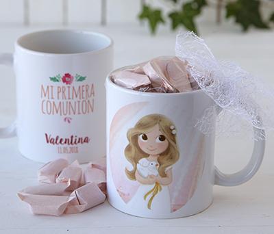 Taza cerámica niña comunión en caja de regalo con 7 caramelos como Detalle para invitados de Comunión