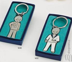 Llaveros niño comunión acabado brillo o mate para personalizar y regalar como recuerdo de la Primera Comunión