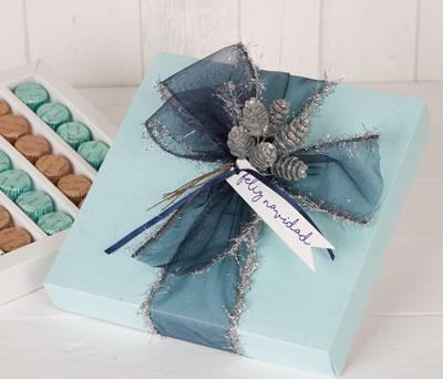 Caja con bombones para regalar por navidad