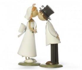 Figura de novios besito lazo espalda como regalo para los novios o para la tarta
