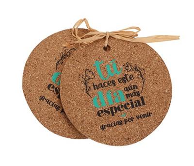 Posavasos de corcho con frase de agradecimiento para los invitados de bodas, comuniones y bautizos