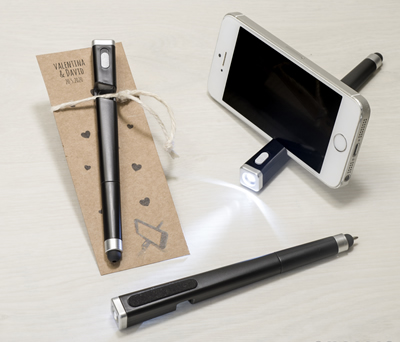 Bolígrafo multiusos en tarjeta kraft personalizable como detalle para bodas y eventos