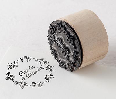 Sello personalizado Corona de flores para personalizar los obsequios a los invitados