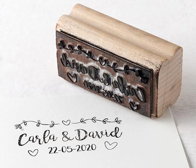 Sello personalizado guirnalda corazones para personalizar los obsequios a los invitados