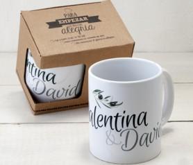 Taza cerámica boda para personalizar con los nombres de los novios como detalle de boda para tus invitados