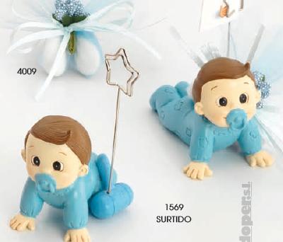 Portafotos bebé niño gracioso como recuerdo de bautizo para tus invitados