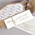 Invitación de boda romántica forro con hojas azules