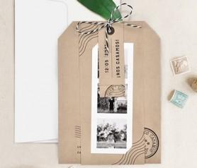 Invitación kraft con fotos polaroid y tarjetas personalizadas
