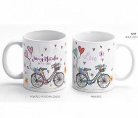 Taza bicicleta corazones de boda con caja de regalo para personalizar como detalle de boda para tus invitados al enlace