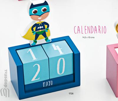 Calendario de madera azul con superhéroe para regalar como detalle de cumpleaños, en fiestas infantiles o como detalle para niños pequeños