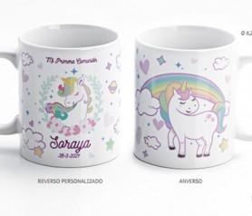 Taza de unicornio personalizable para regalar como detalle de primera comunión