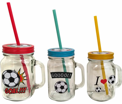 Jarras fútbol como detalle de comunión para las niños invitados