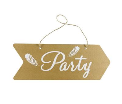 cartel flecha para decorar la recepción de la boda como complemento