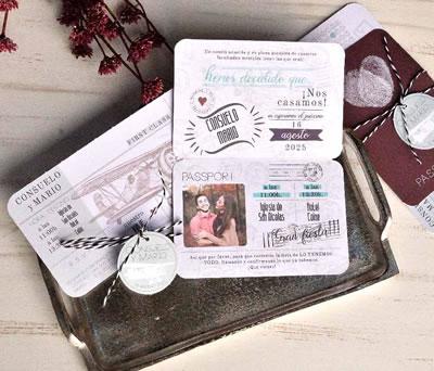 Invitación de boda 2020 pasaporte novios