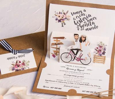 Invitación de boda novios en bicicleta