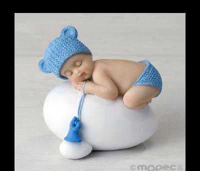 Figura niño bebé azul durmiendo sobre huevo.7.5x8cm. - AY944.3