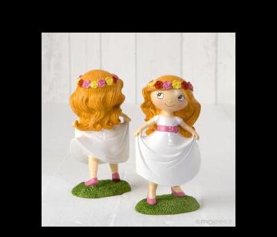 Figura pastel niña Comunión en pradera 15,5cm. AY978