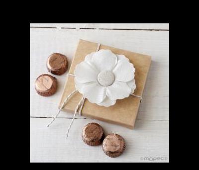 Flor adhesiva de lino en estuche 4 torinos* AEB643